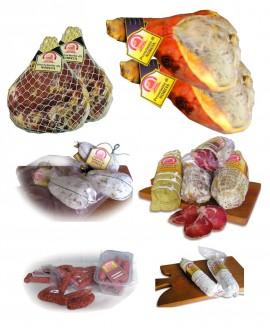 n.2+2 Prosciutti di Norcia IGP, n.3 lonze, n.3 coglioni di mulo, n.30 salsicce secche rustiche, n.2 salami nursini - Ciliani